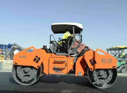 悍马压路机对于沥青混合料的振荡压实应用