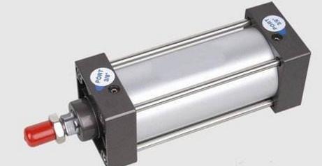 利用汽缸垂弧规律调整汽封间隙的设计方案