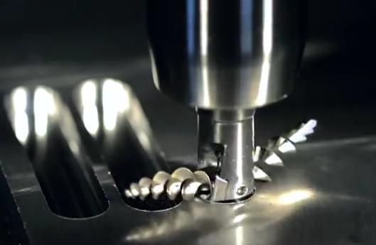 高速铣床加工视频, 看着铁屑出来都是那么匀称标准