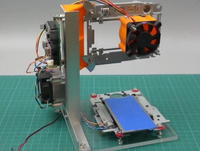 有坏的光驱千万不要扔, 教你如何用它制作激光雕刻机