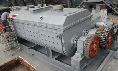 全球首台钛钢制作中空旋叶干燥机已调试完毕