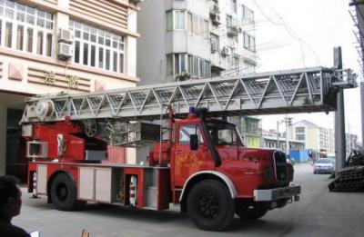 国内独一无二的MAN Kurzhauber22.240德国麦斯云梯消防车