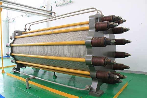 200kA预焙铝电解槽工艺与控制技术的改进