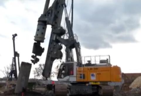 德国机械到底有多强大? 一个打桩机就能证明, 海上陆地勇不可当
