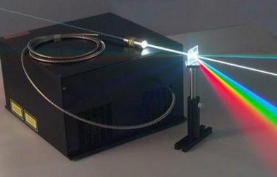 如何利用皮秒激光器实现无锥孔打孔