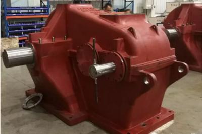 江苏秦川齿轮传动有限公司首批抽油机齿轮箱成功下线