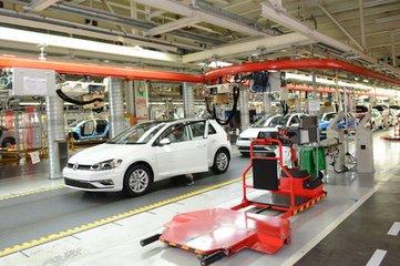 探索一汽大众佛山工厂一分钟一辆车的秘密