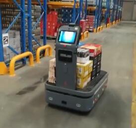 仓储拣货机器人自主返航