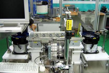 基于机器视觉的机器人分拣系统设计