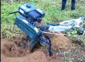 果树挖坑施肥机