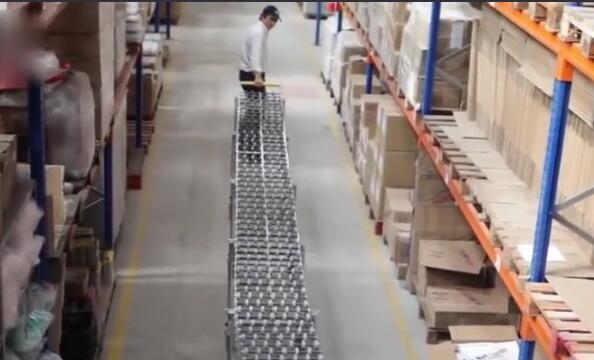 货物放传送带上自己跑 是什么黑科技吗?