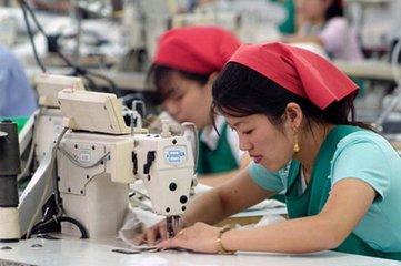 纺织服装行业周报:加税清单暂不涉及服装家纺 ——中报临近各行业龙头又到配置时点