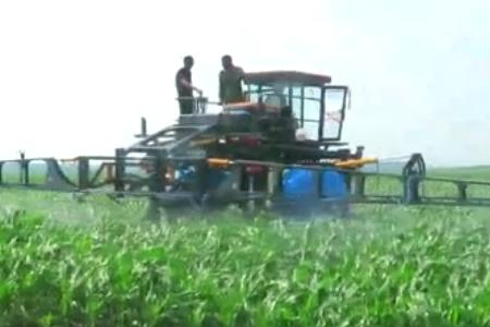 玉米喷药植保机械