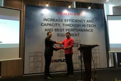 南方路机:印度尼西亚产品推介会圆满举行