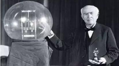 电灯是谁发明的?电灯的发明、发展历程