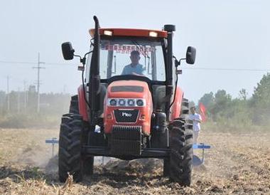 安徽蒙城全面实施农机作业托管服务模式