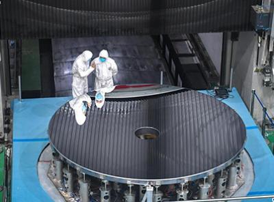 中科院成功研制无需申请自动送彩金58最大口径单体碳化硅反射镜