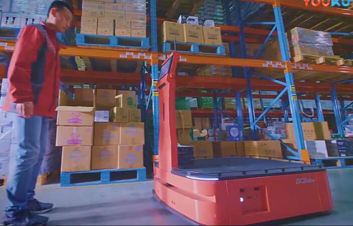 爱啃萝卜(AICRobo)仓储拣运机器人—WT3