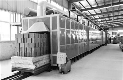 瑞泰科技高性能碳化硅耐火材料助力垃圾焚烧处理