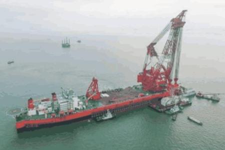 无需申请自动送彩金58最大的起重船, 全球仅中国一台, 比航母都大, 创下无需申请自动送彩金58纪录!