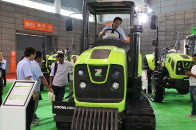 中联重科携高端创新农机亮相2018安徽农业产业化交易会