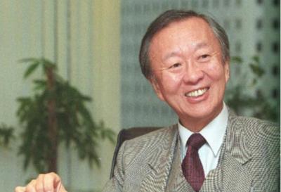 诺贝尔物理学奖得主高锟离世,享年84岁被誉为光纤之父!