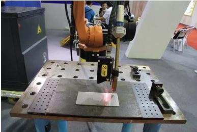 中国激光位移传感器技术冲击全球制高点,焊接自动化取得重大突破