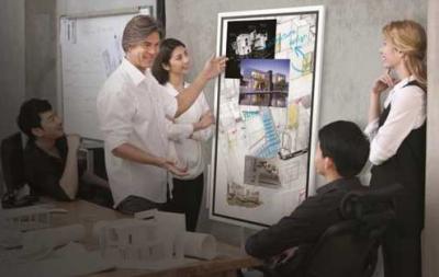 三星智能互动电子白板Flip提供多人交互分享办公体验