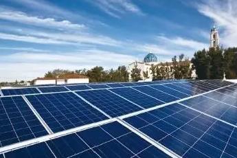 晶澳太阳能:借壳上市进展迅速 有望率先回归A股
