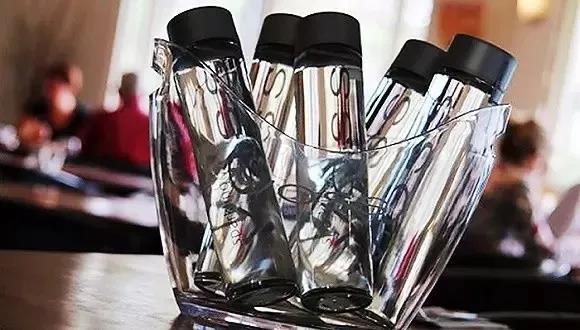 食品塑料瓶等包装材料走向轻量化、绿色化