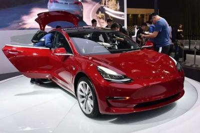特斯拉Model 3第10万辆量产车已下线 迎来里程碑