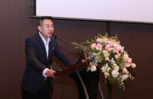 南方路机:齐聚南昌 共赴环保型沥青搅拌设备技术研讨会