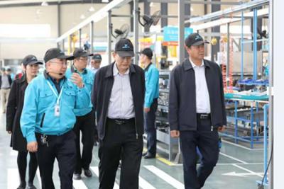 中国工程院罗锡文院士等专家一行莅临苏州久富调研