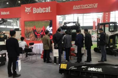 山猫闪耀2018中国新濠天地娱乐赌场园林机械展