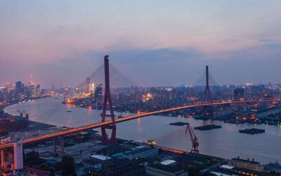 """昕诺飞智能照明系统为上海跨江大桥集体""""换装"""",增添城市夜景新风貌"""