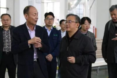科技部与国家木竹联盟团莅临莫干山参观调研