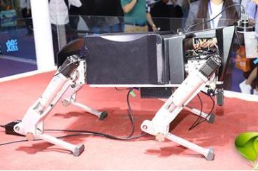 """赛为智能推出""""黑科技""""四足激光除草机器人SIWILL"""
