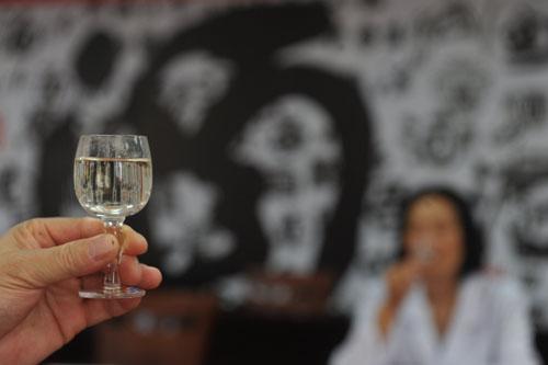 中端价位白酒产品升级 行业迎来平稳发展期
