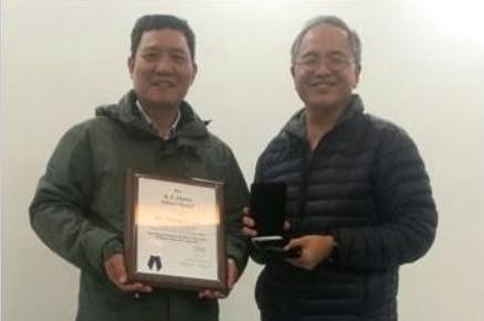 郑州大学刘忠侠教授获美国焊接协会最高荣誉——戴维斯奖