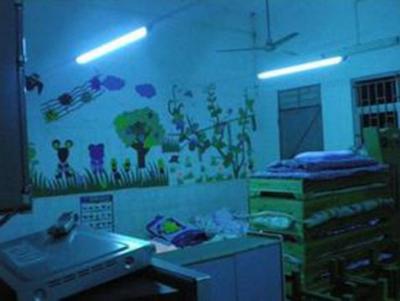 多名小学生被紫外线灯灼伤??天津出台校园紫外线消毒灯新规