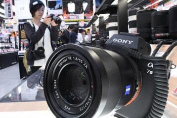 高端数码相机或将从单反相机变为微单相机