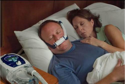 简易呼吸机的使用方法,飞利浦呼吸机使用的注意事项