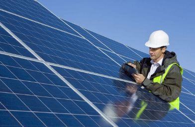 SolarSharc推出太阳能防污涂料,降低灰尘附着并提升能源效率