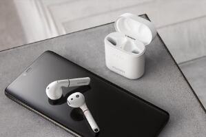 华为FreeBuds 2 Pro无线耳机发售:售价999元,内置骨声纹传感器
