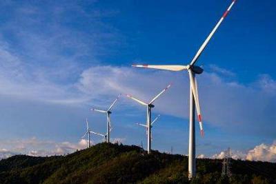华能新能源与华能集团订立应收账款转让协议