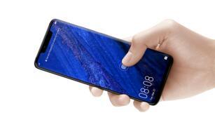华为P30 Pro被曝屏幕顶端采用凹槽设计,还将配备双曲面OLED显示屏