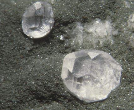 环境治理:磷灰石的属性与应用