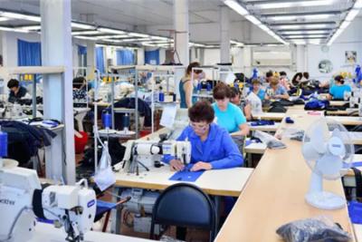 """""""罗马尼亚制造""""标签下服装制造业为何日产量下调?"""