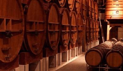 ?温湿度传感器在酒窖环境监测中的应用
