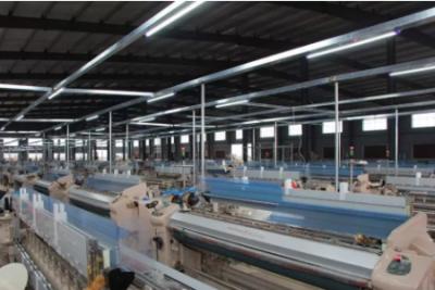 东帝纺织第一批400台喷水织机正式装机试机